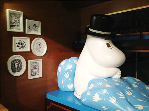 Lovely details - just look at all those Moomin pictures on the wall