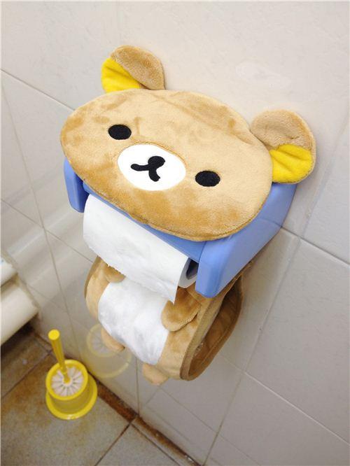 The brown bear Rilakkuma toilet paper holder