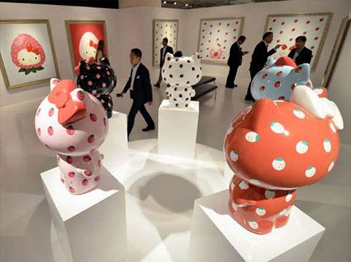 Colorful Hello Kitty sculptures at the exhibition 'Hello Kitty Art'.