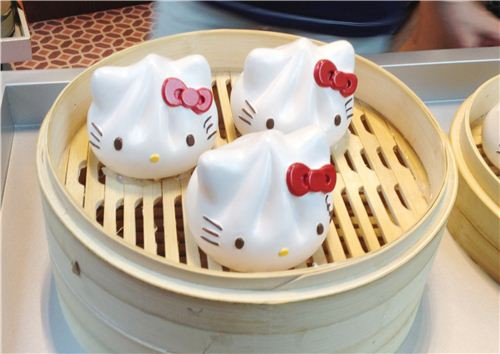 We want those super cute Hello Kitty dumplings