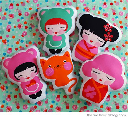 These cute Kokeshi doll, kawaii girl and cat cushions are super adorable
