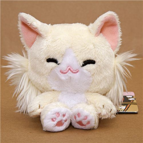 Kutusita Nyanko plush toy beige cat with tail