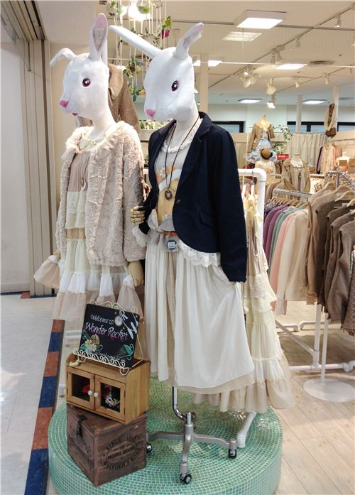 Even the mannequins are kawaii: Bunnies wearing romantic outfits
