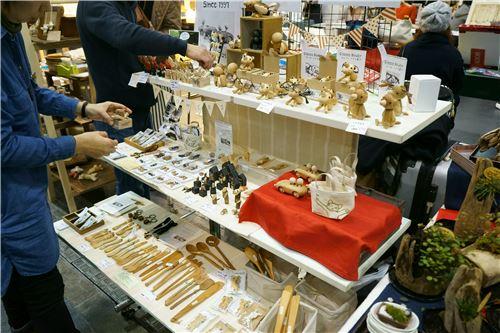 Bento accessories and figurines